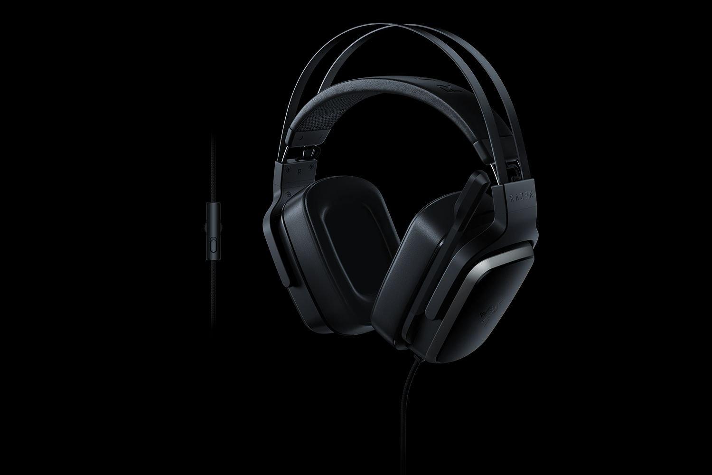 mira-los-headsets3-gamers-razer-frikigamers.com