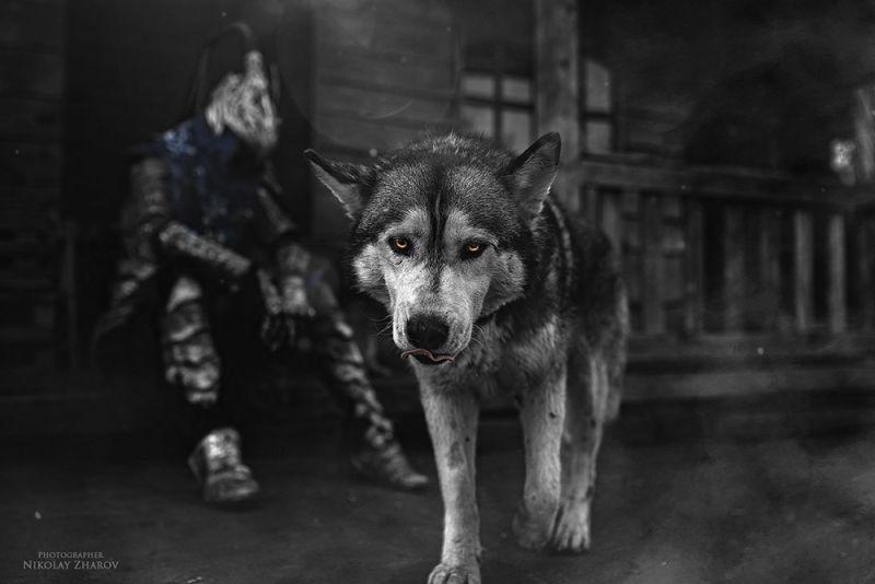 chequea-el-asombroso5-cosplay-de-dark-souls-frikigamers.com