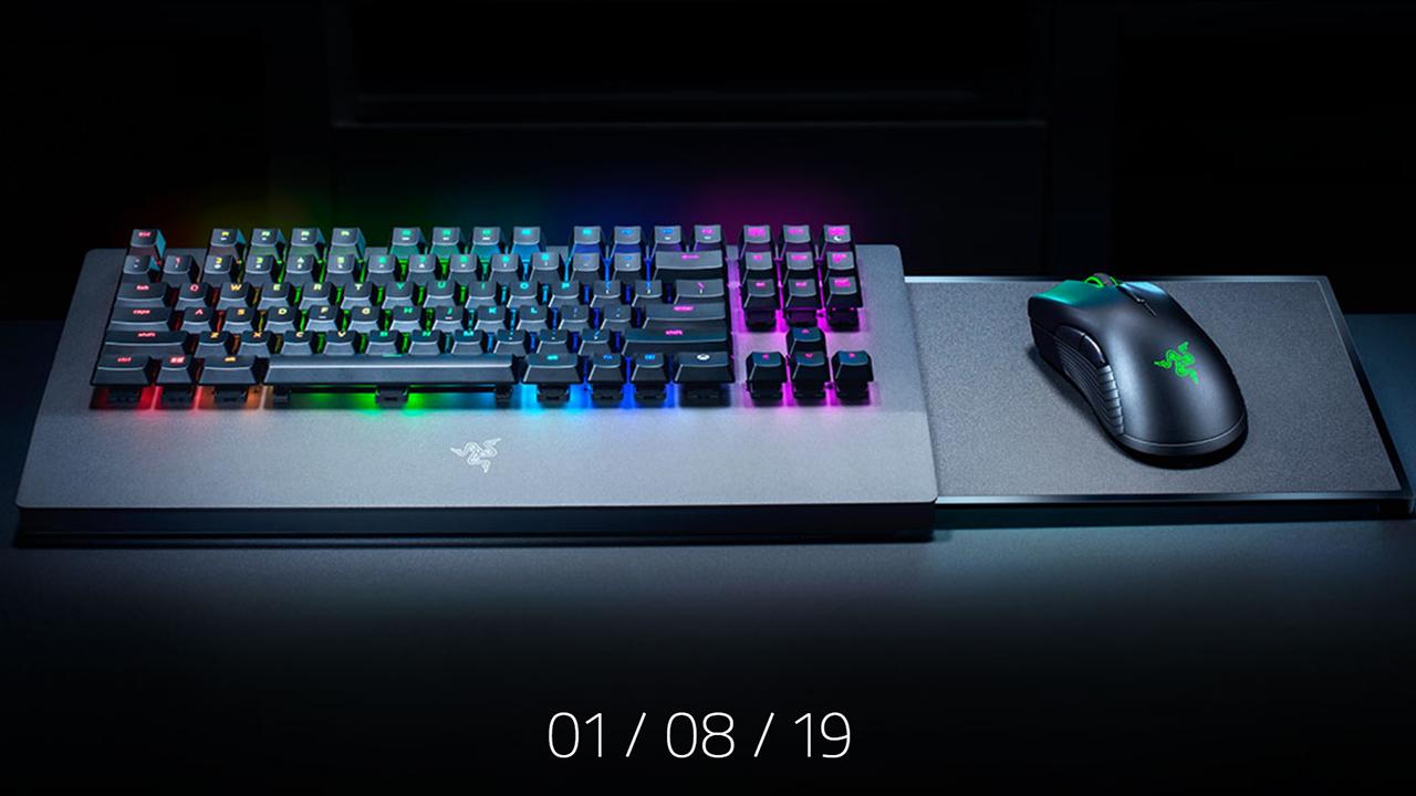 mira-la-primera-imagen-oficial-del-teclado-de-razer-para-xbox-one-frikigamers.com
