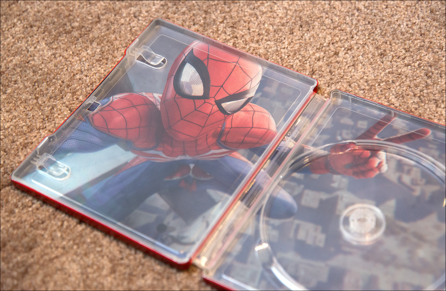 Spider-Man-Special-Edition-Steel-Book-Inside-frikigamers.com