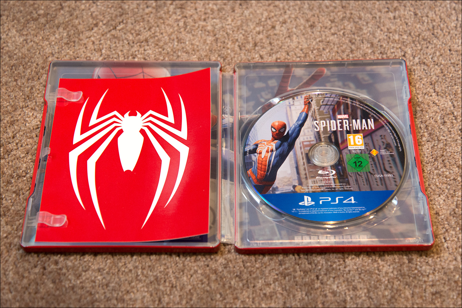 Spider-Man-Special-Edition-Steel-Book-Opened-frikigamers.com
