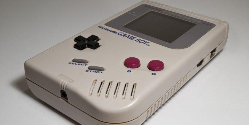 game-boy-cumple-hoy-su-30-aniversario-frikigamers.com